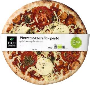 biologische-pizza-mozzarella-pesto
